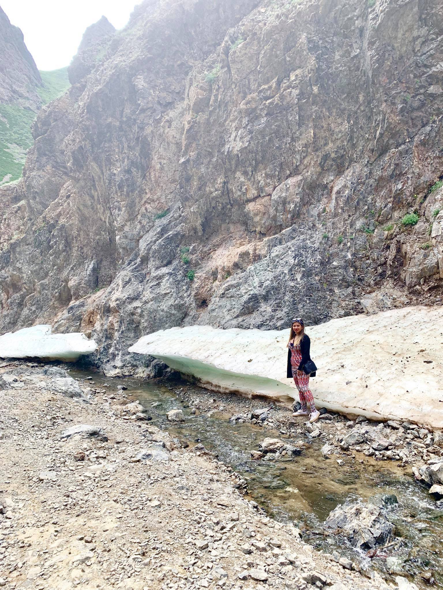 Kach Solo Travels in 2019 Horseback riding trip to the Gobi Gurvan Saikhan National Park25.jpg
