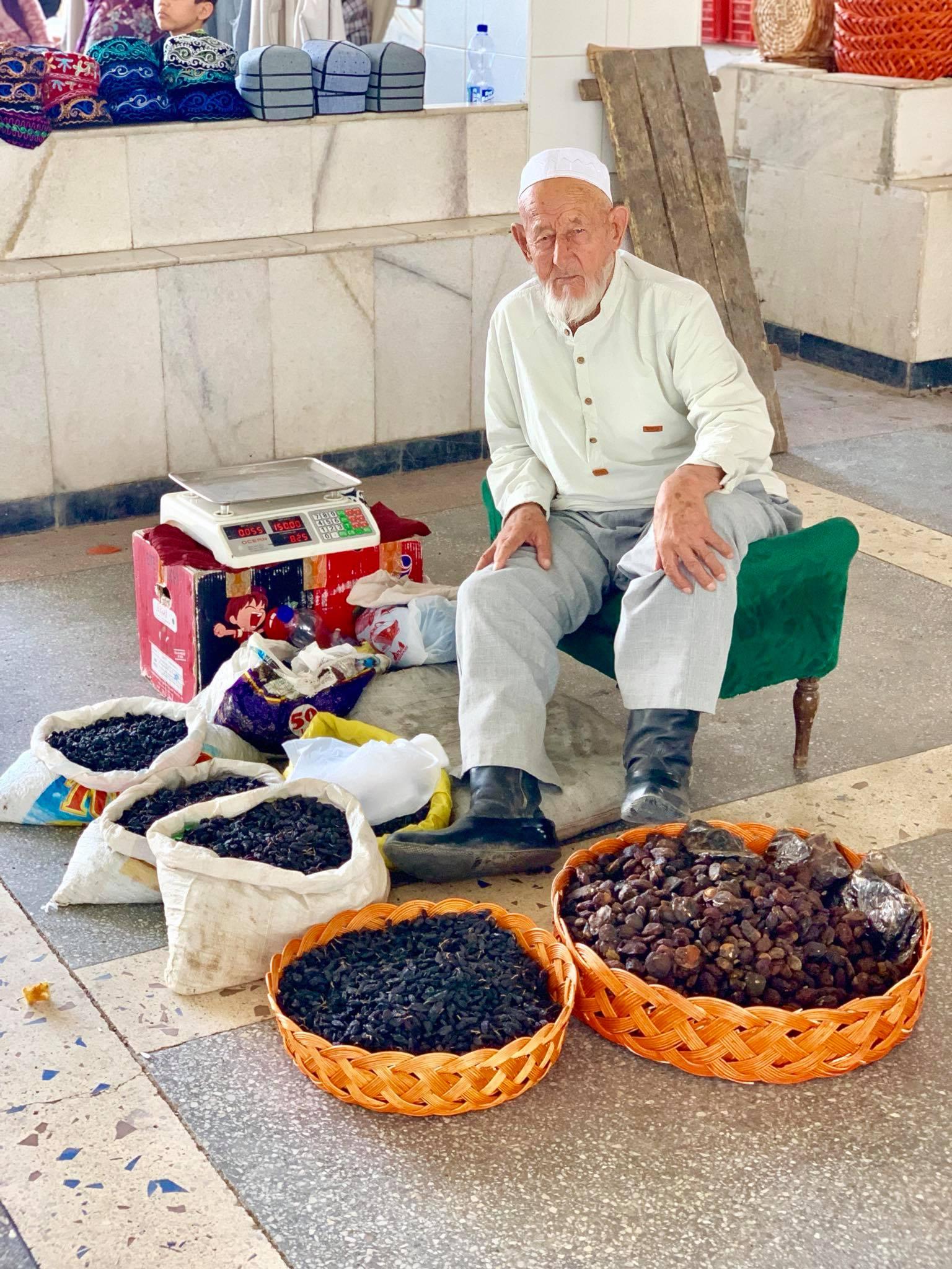 Kach Solo Travels in 2019 Siyab Bazaar and Registan on my first day in Samarkand25.jpg