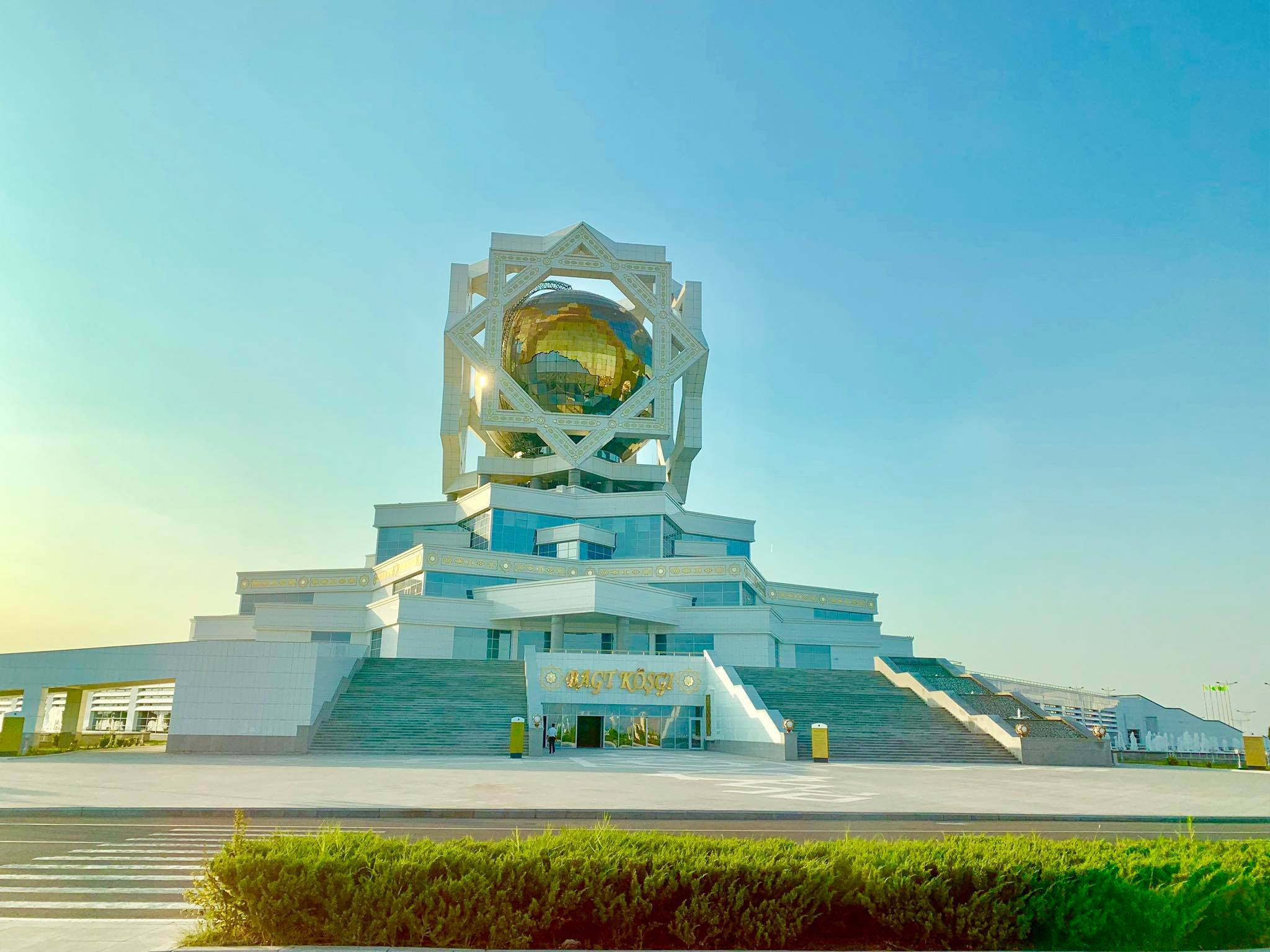 """Kach Solo Travels in 2019 Turkmenistan - the most """"unique"""" country I've visited in Central Asia12.jpg"""