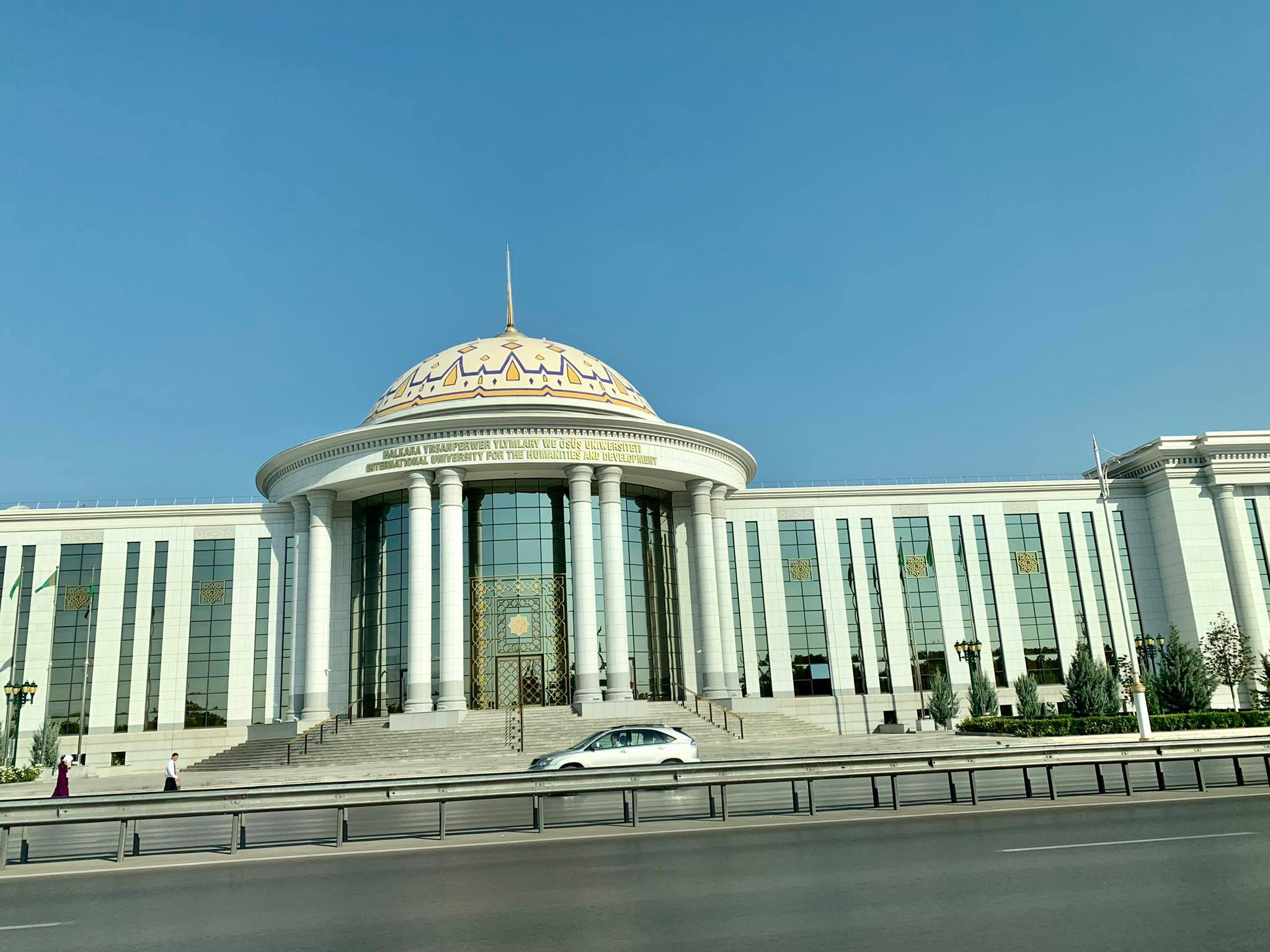Kach Solo Travels in 2019 Quick tour around the capital, Ashgabat24.jpg