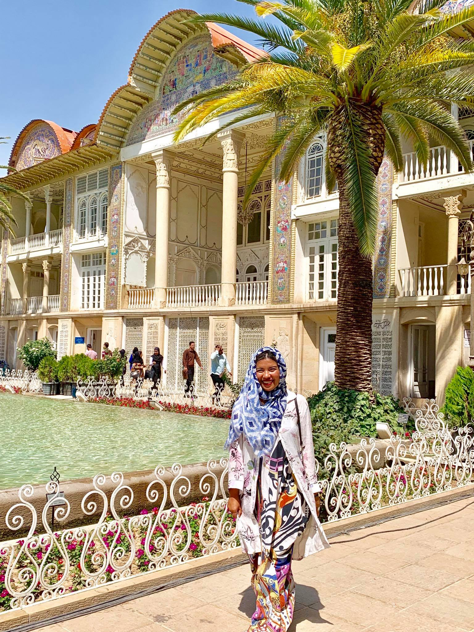 Kach Solo Travels in 2019 Full day tour of Shiraz2.jpg