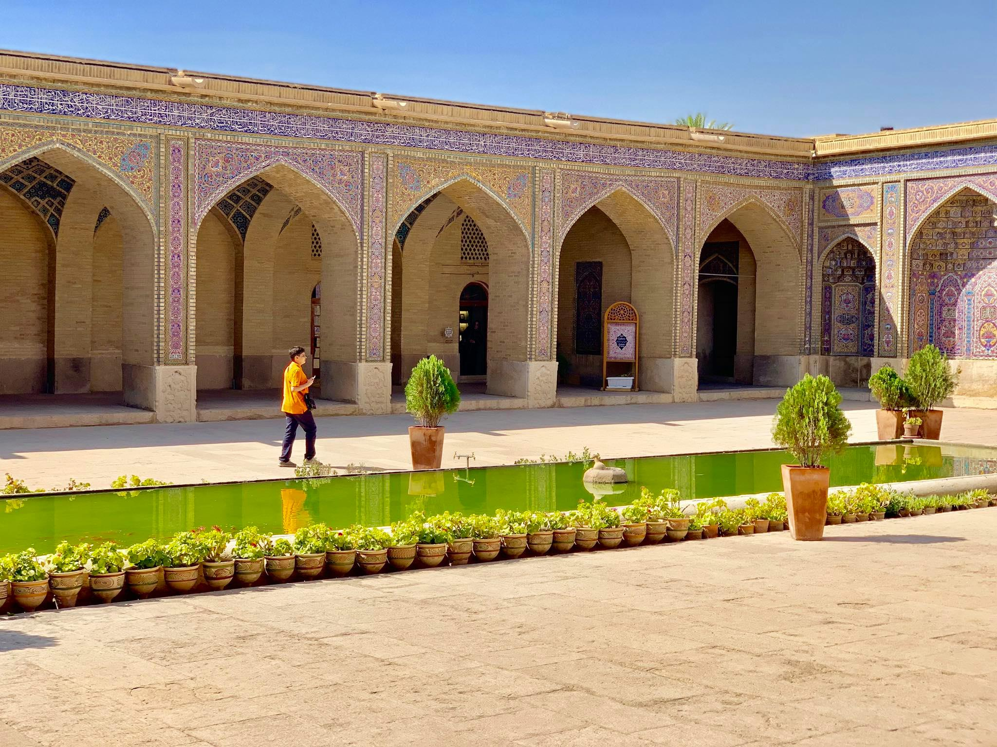 Kach Solo Travels in 2019 Full day tour of Shiraz6.jpg