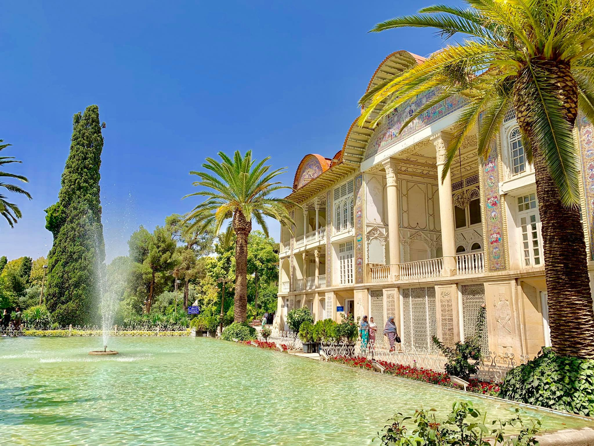 Kach Solo Travels in 2019 Full day tour of Shiraz9.jpg