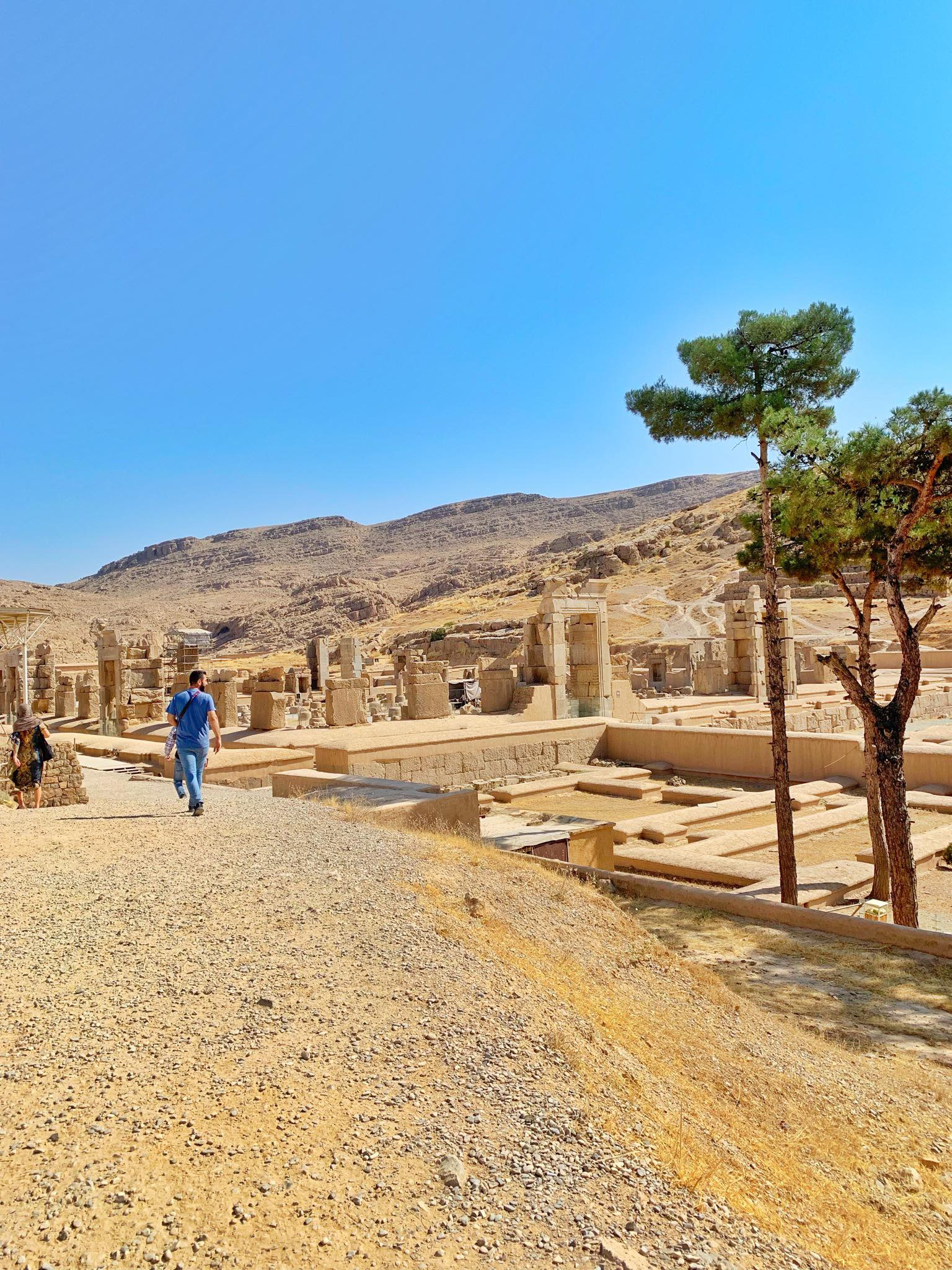 Kach Solo Travels in 2019 UNESCO heritages sites of Persepolis and Pasagardae8.jpg