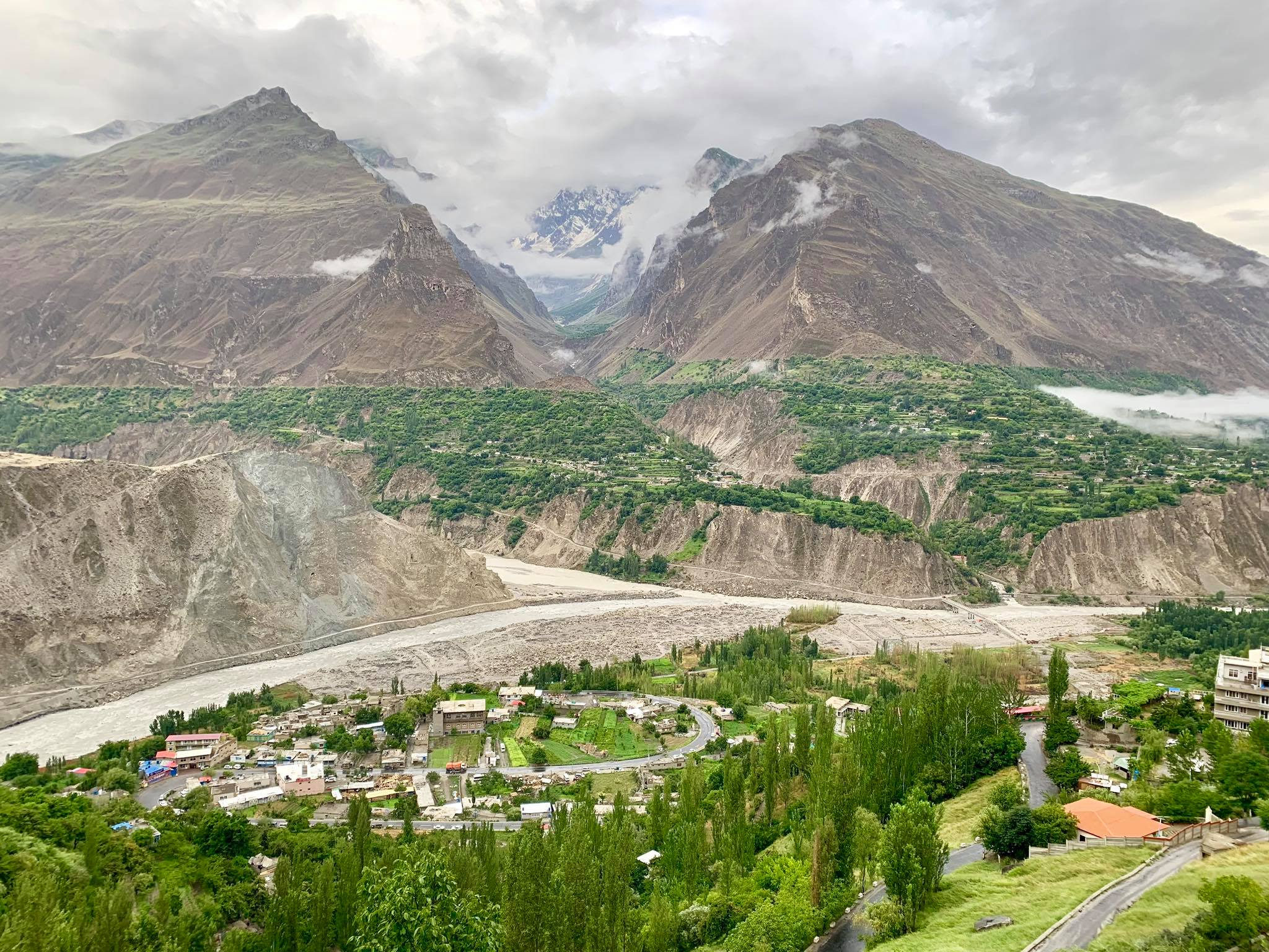 Kach Solo Travels in 2019 Driving in North Hunza Valley to Khunjerab Pass9.jpg