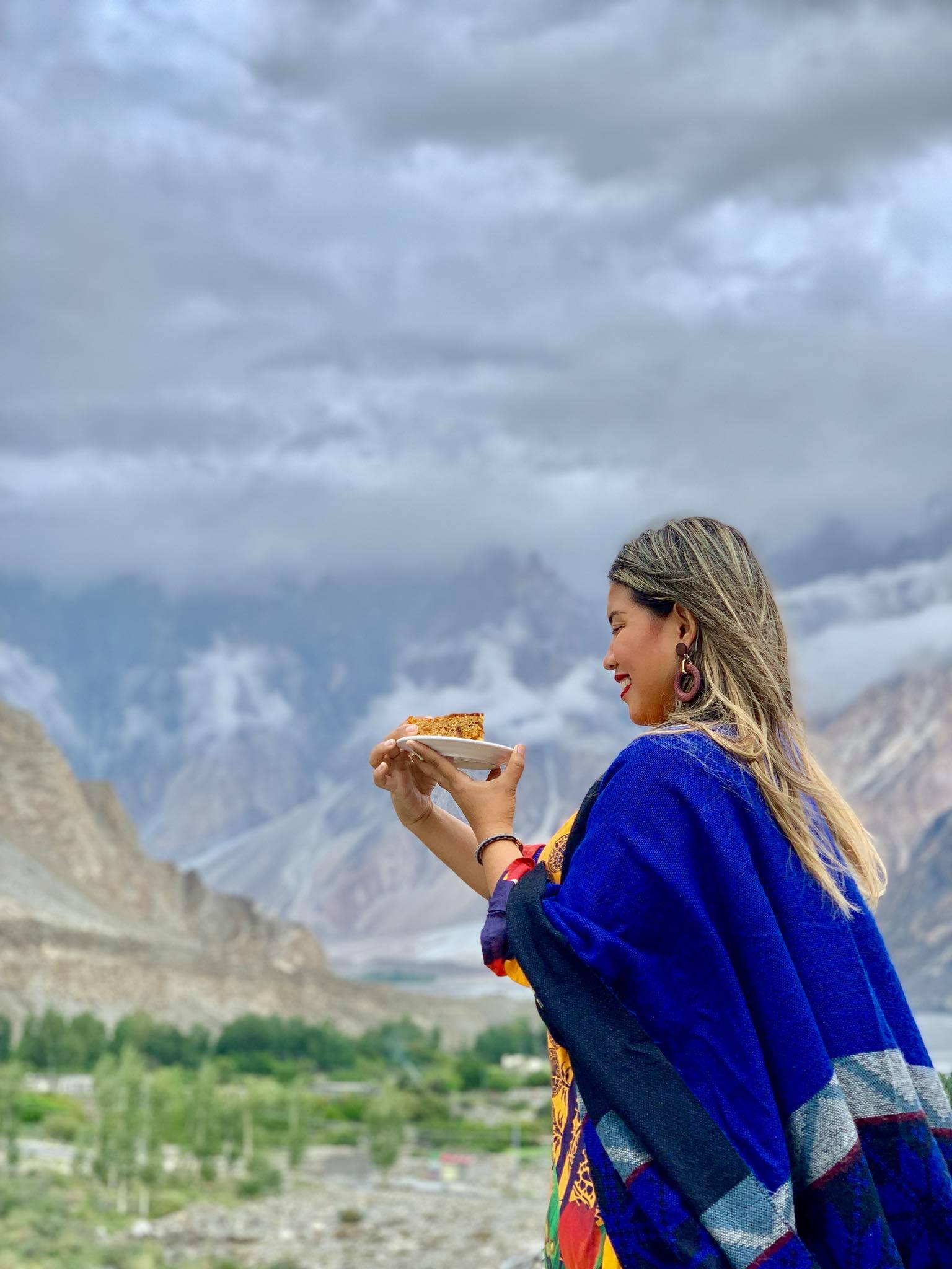 Kach Solo Travels in 2019 Driving in North Hunza Valley to Khunjerab Pass13.jpg