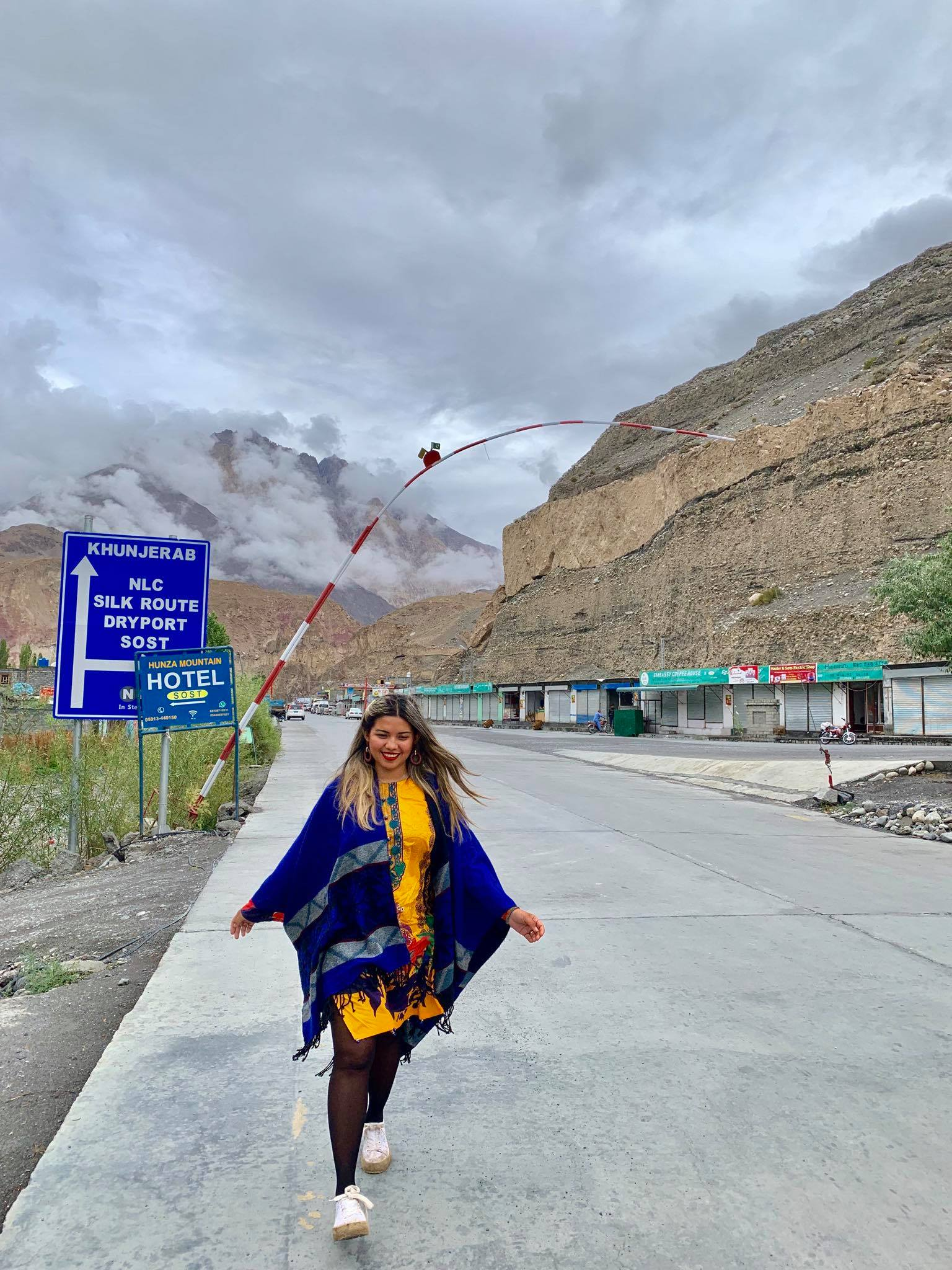 Kach Solo Travels in 2019 Driving in North Hunza Valley to Khunjerab Pass19.jpg