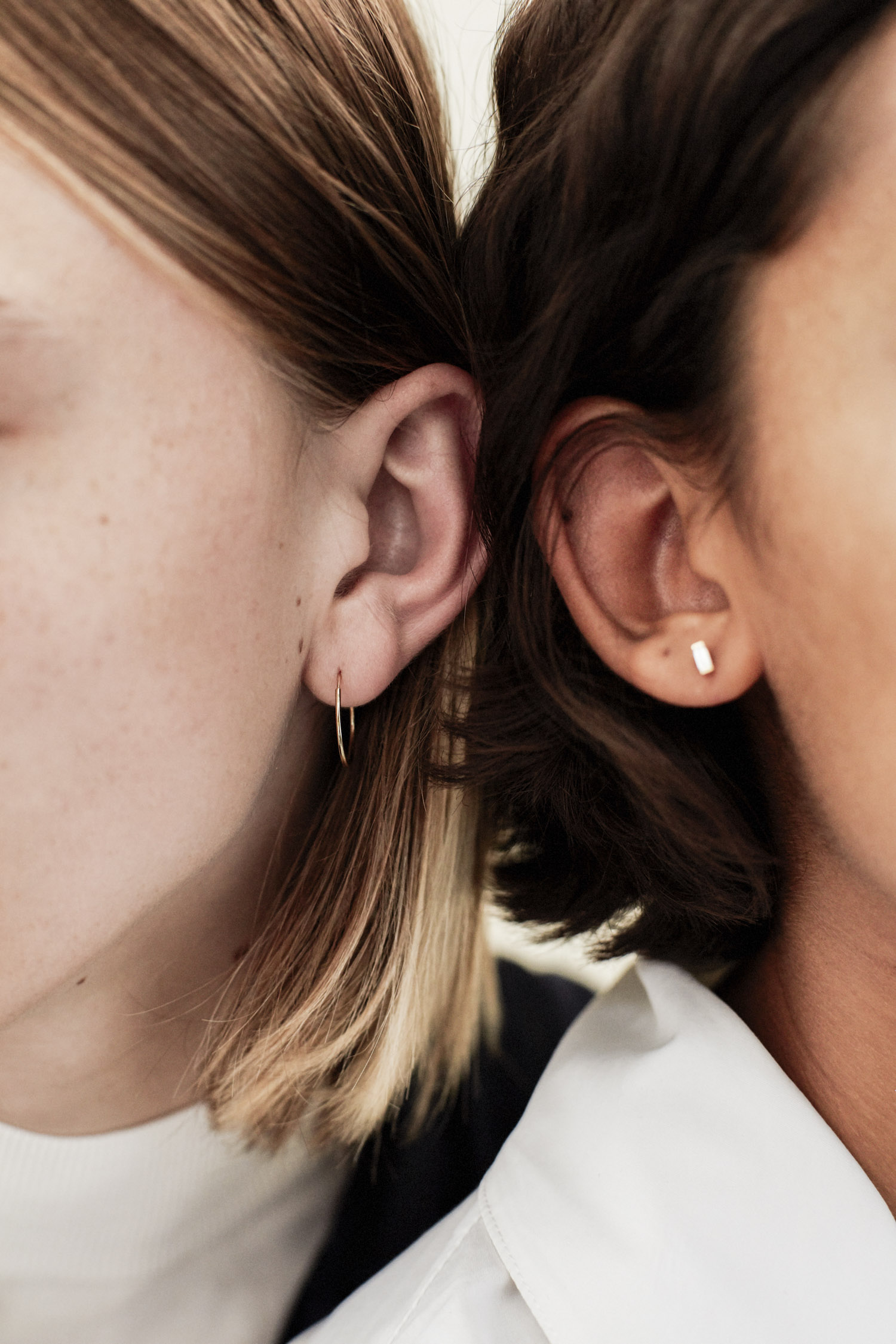 medium hoop baguette earring 1-BENNET.JPG