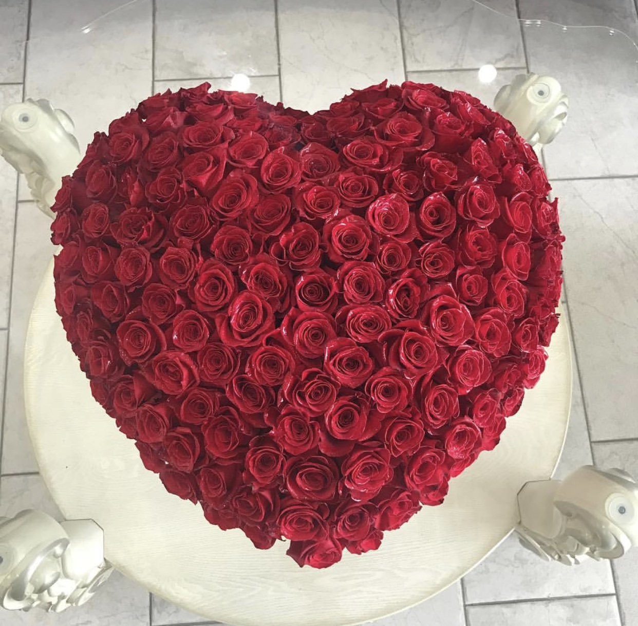 100 Red Rose Heart Dome