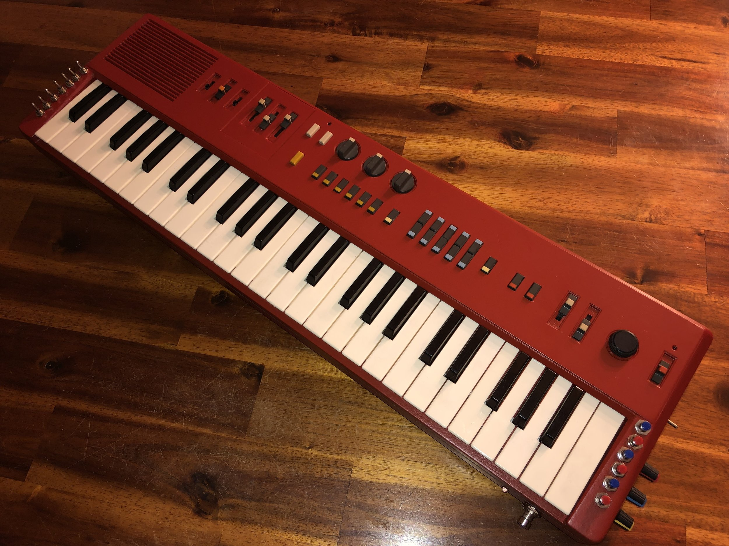 Emergency Red Paint Job on Casiotone MT-68