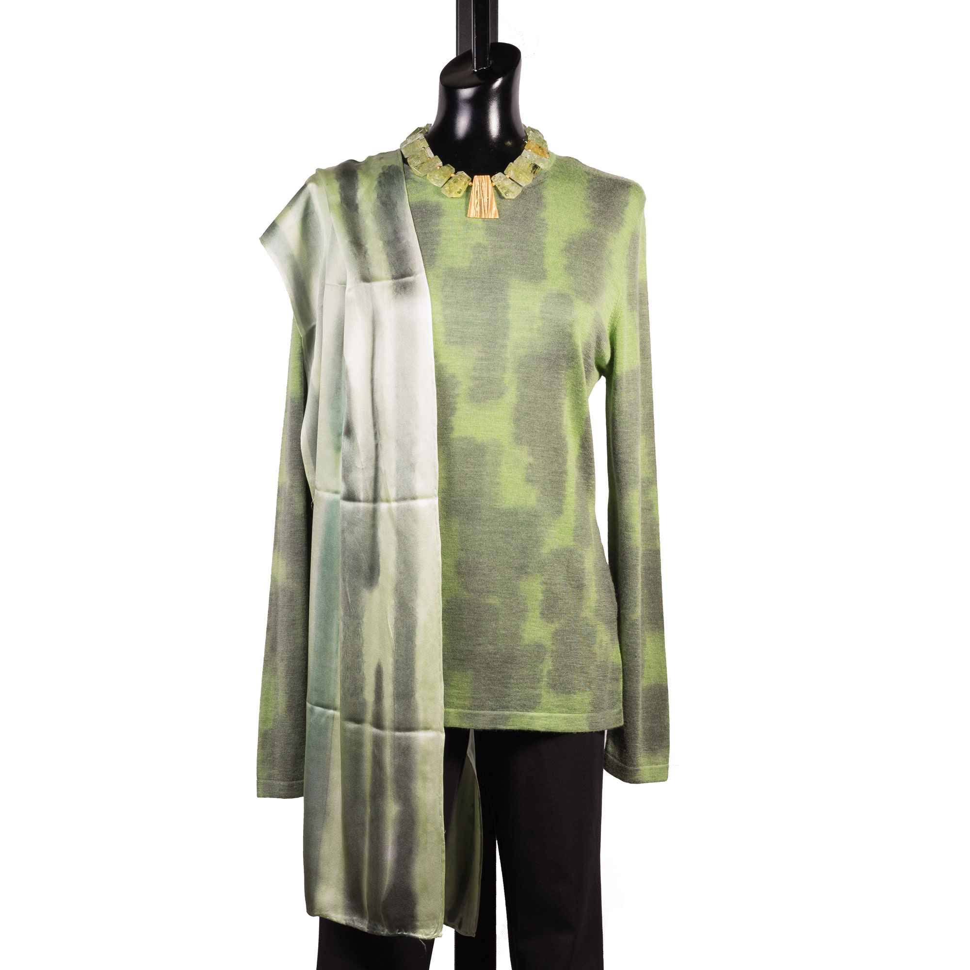 9-melarosa-wearable-art-green.jpg
