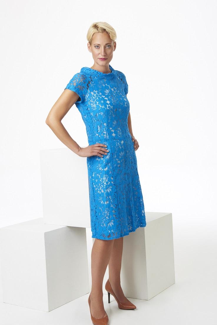 Blue+lace+knee+length+dress.jpg