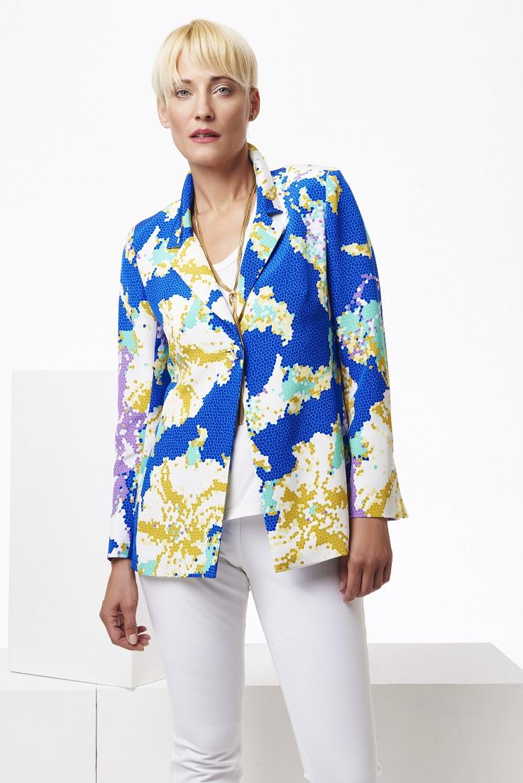 Blue+patterned+straight+silk+jacket,+mid+length+shot.jpg