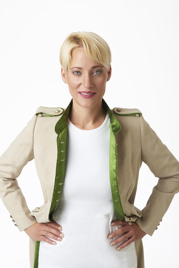 Mandarin+collar+linen+jacket.jpg