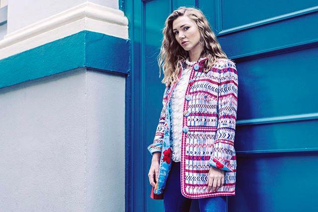 Unique wearable Art Kimono, do you like it?  #arttowear #wearableart #uniquedesign #artjewellery #artjewelry #fabricmanipulation #fashiontextiles #silk #printed #sffashion #sffashionblogger #40plusstyle #fashionover40 #over40fashion #beaded #sfstyle #bayareablogger #handmadenecklace #patriciavonmusulin #handmade #algoswitzerland #sanfrancisco #alexandraclancy #yantar #icefromash #belvest #sfmoma #moma #belvest #olbrish #olbrishbag
