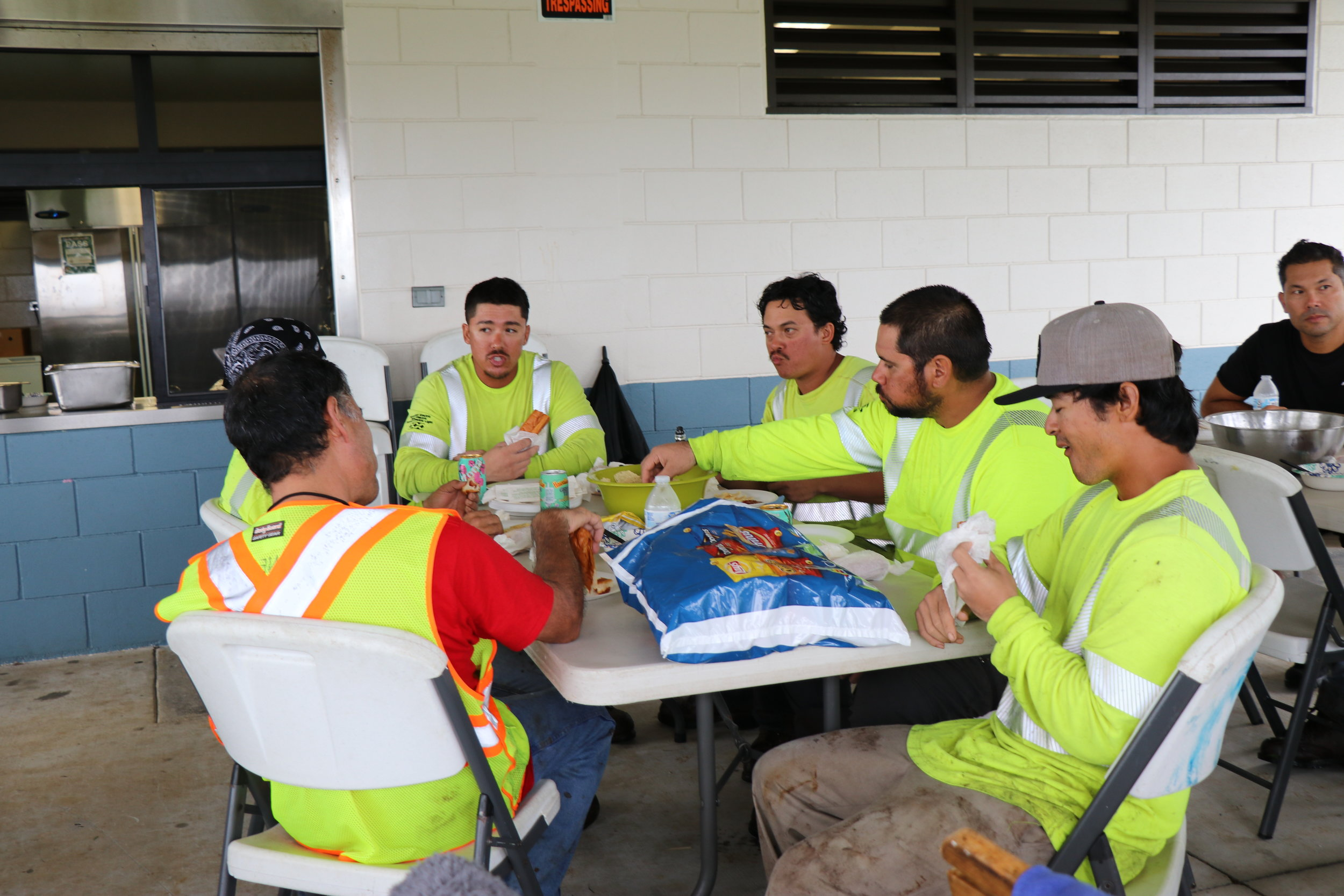 IMG_0766 hungry workers2.JPG