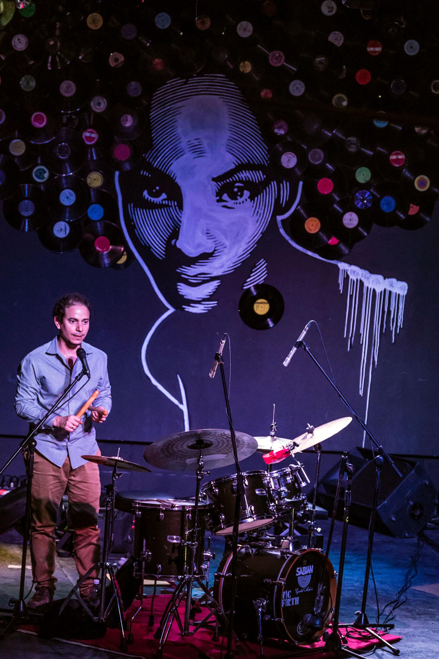 Dafnis Prieto at colloquium at Fabrica de Arte Cubano, Havana, Cuba, January 2019 (Photo by David Garten)