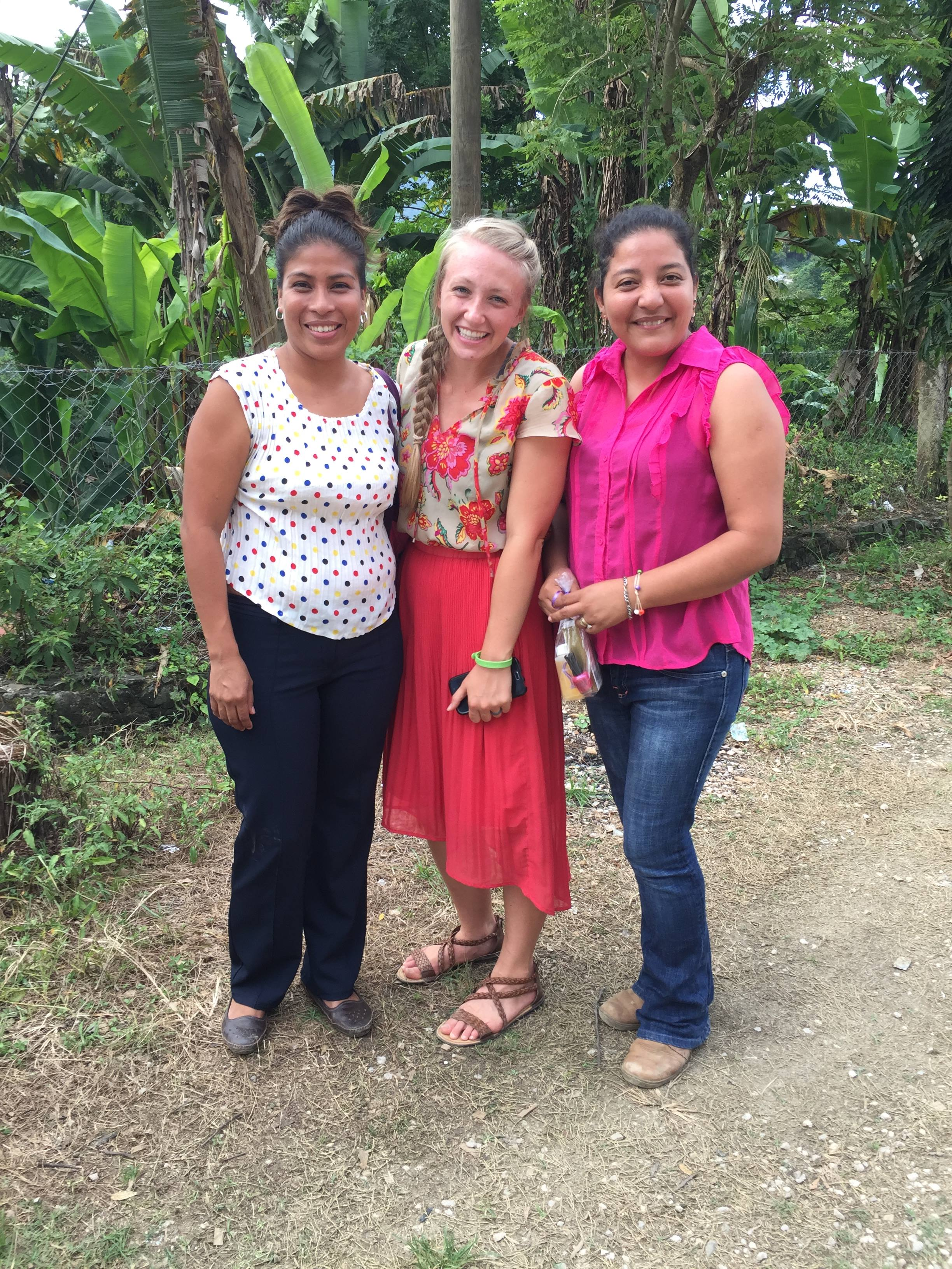 Jessi with two of the teachers from institute IMPRA.