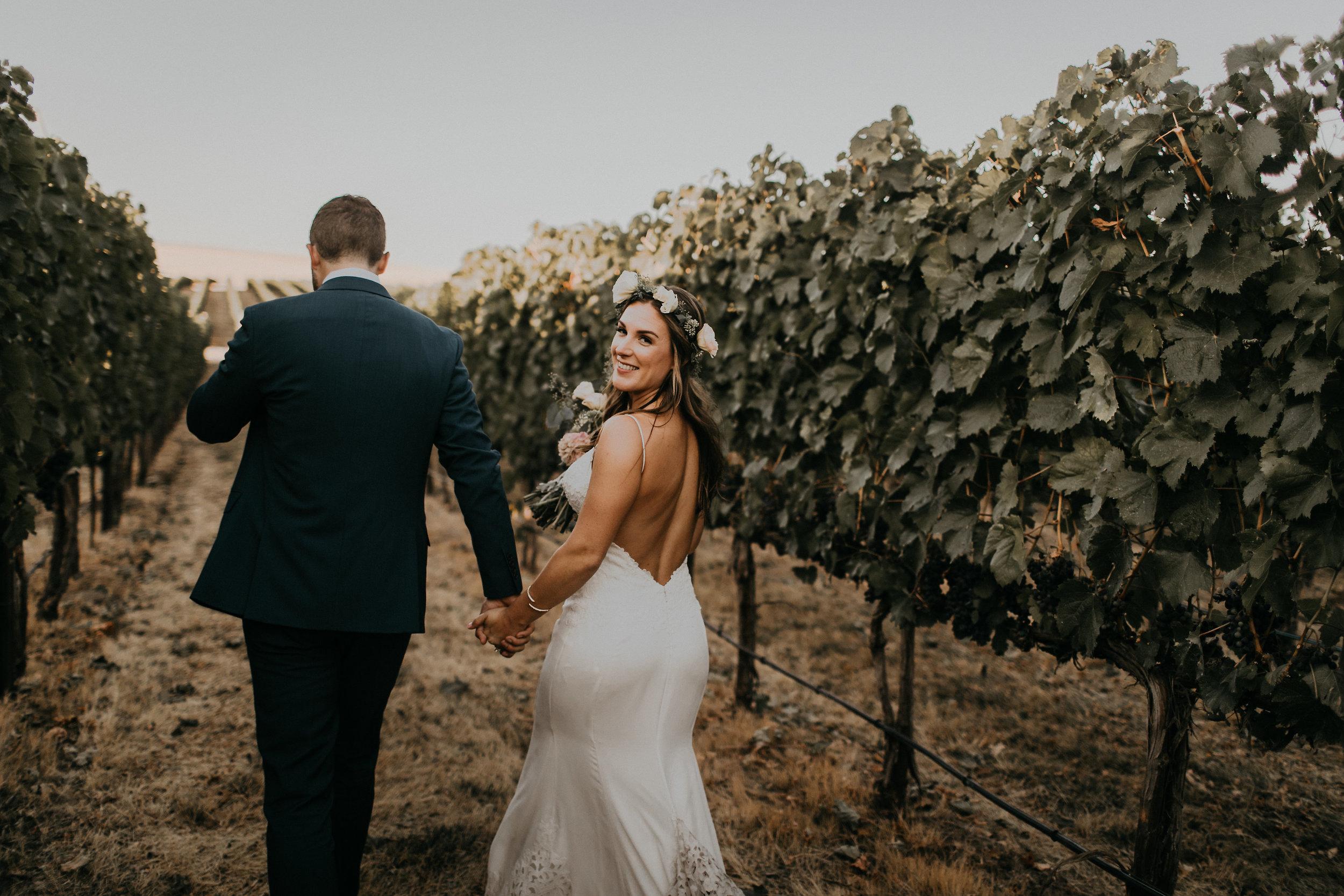 Ashley_Craig_Amourice_Vinyard_Wedding-905.jpg