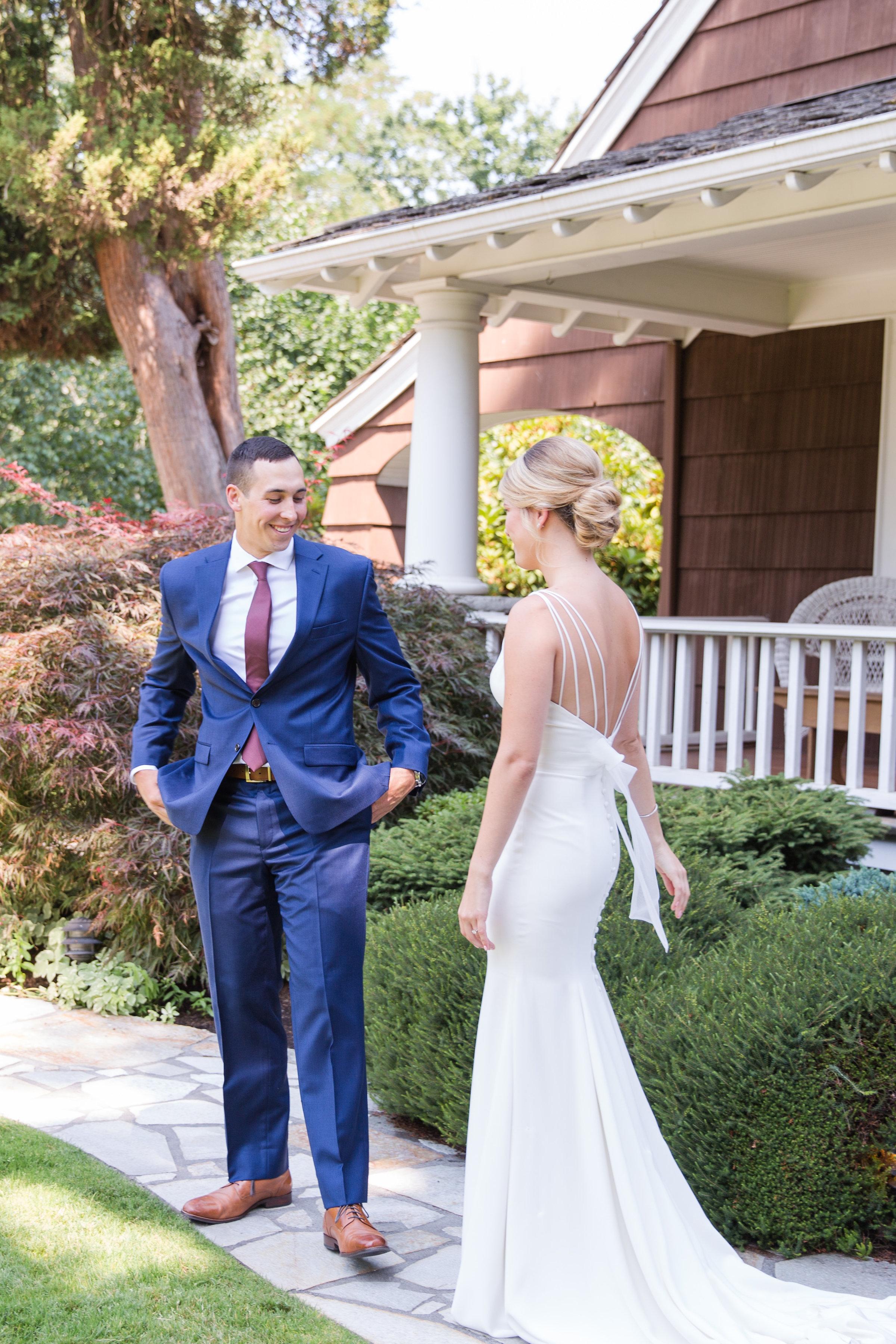 Tara-Dillon-Married_ERP_Grooms-First-Look-6.jpg