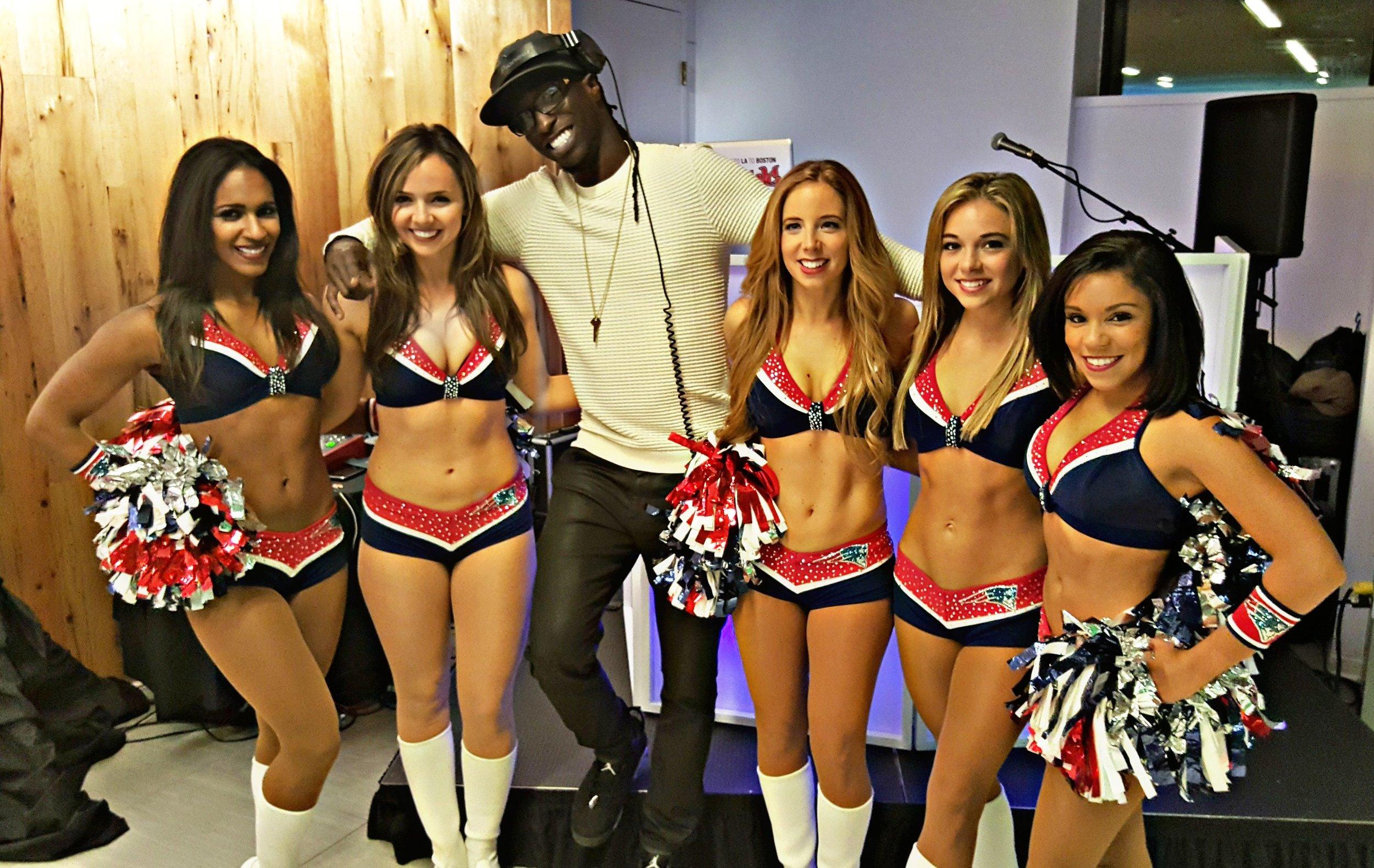 Smiling DCaso & Patriots Cheerleaders .jpg