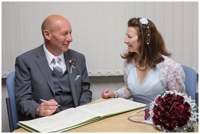 00143_west_sussex_wedding_photographer