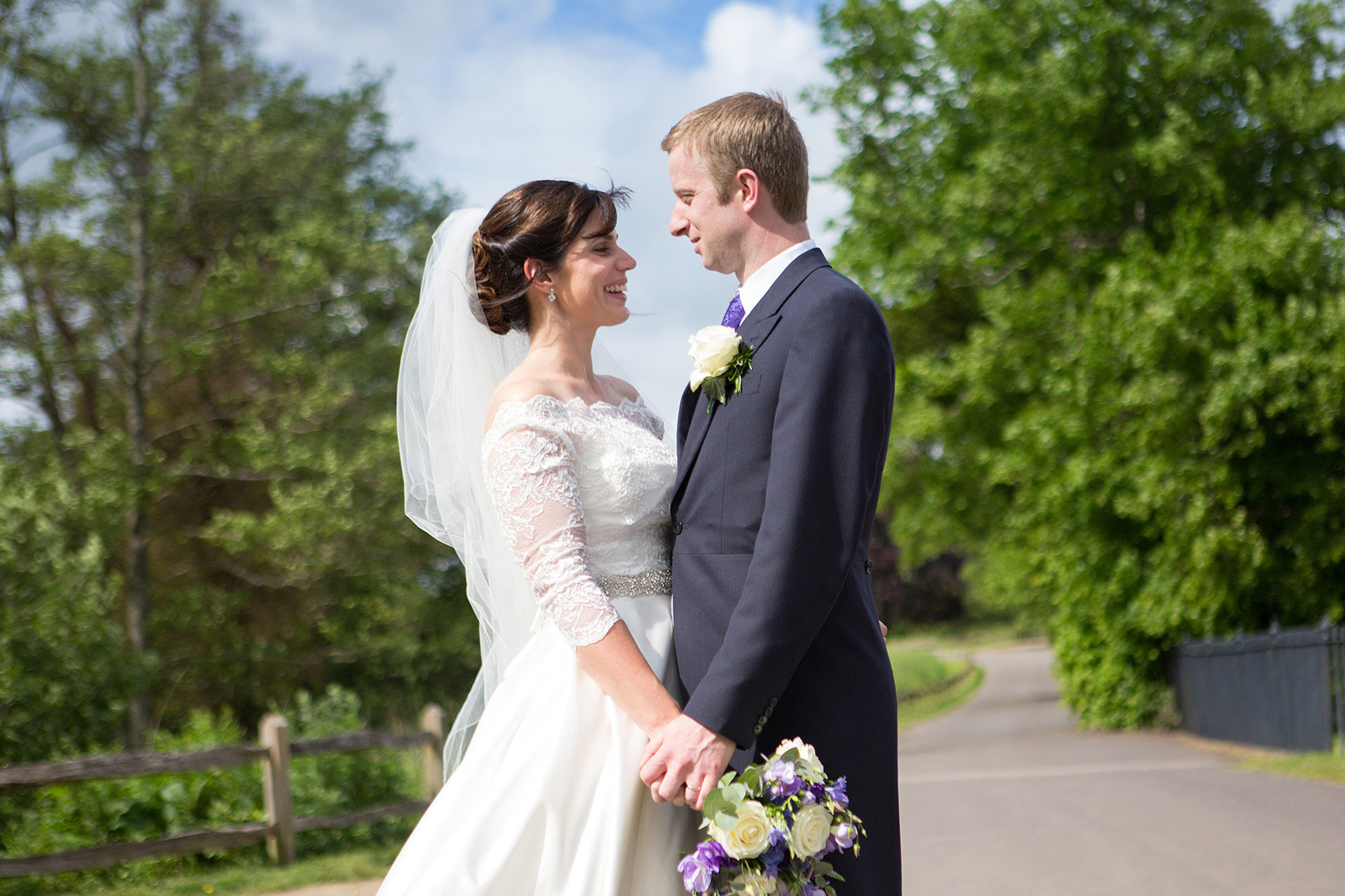 julia-toms-featured-weddings-west-sussex-008.jpg
