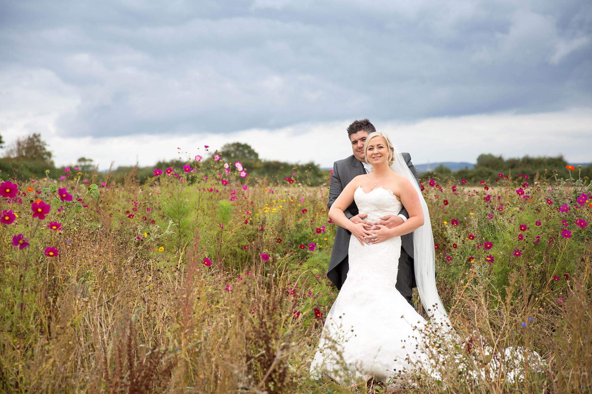 julia-toms-wedding-photographer-west-sussex-004.jpg