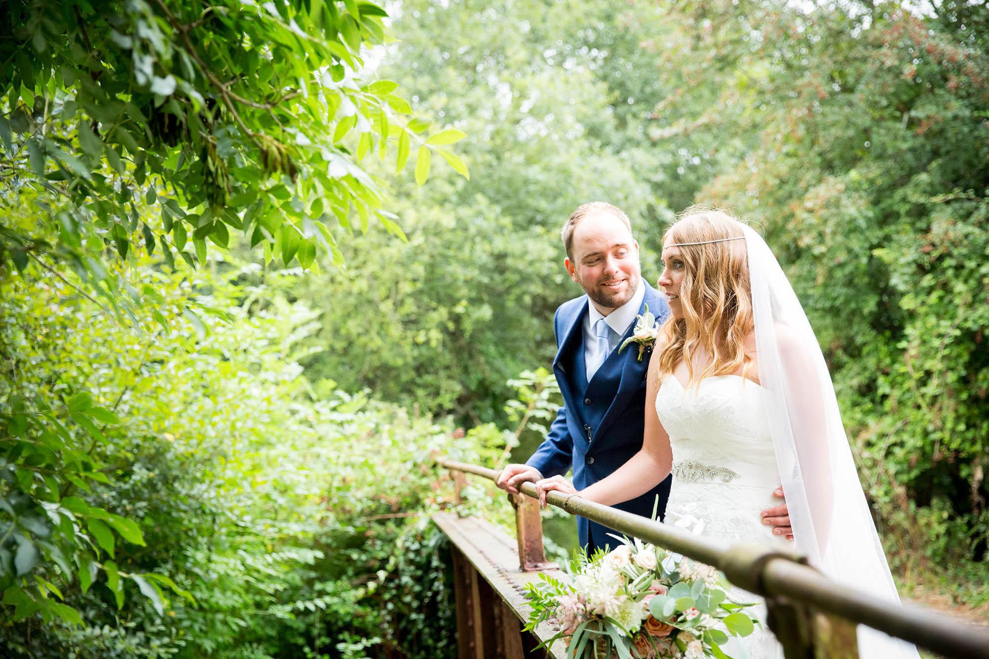 julia-toms-wedding-photographer-west-sussex-008.jpg