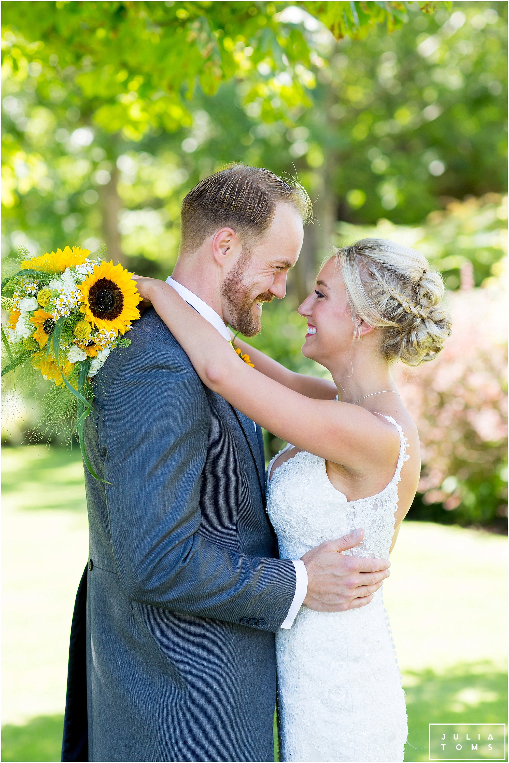 julia_toms_chichester_wedding_photographer_worthing_044.jpg