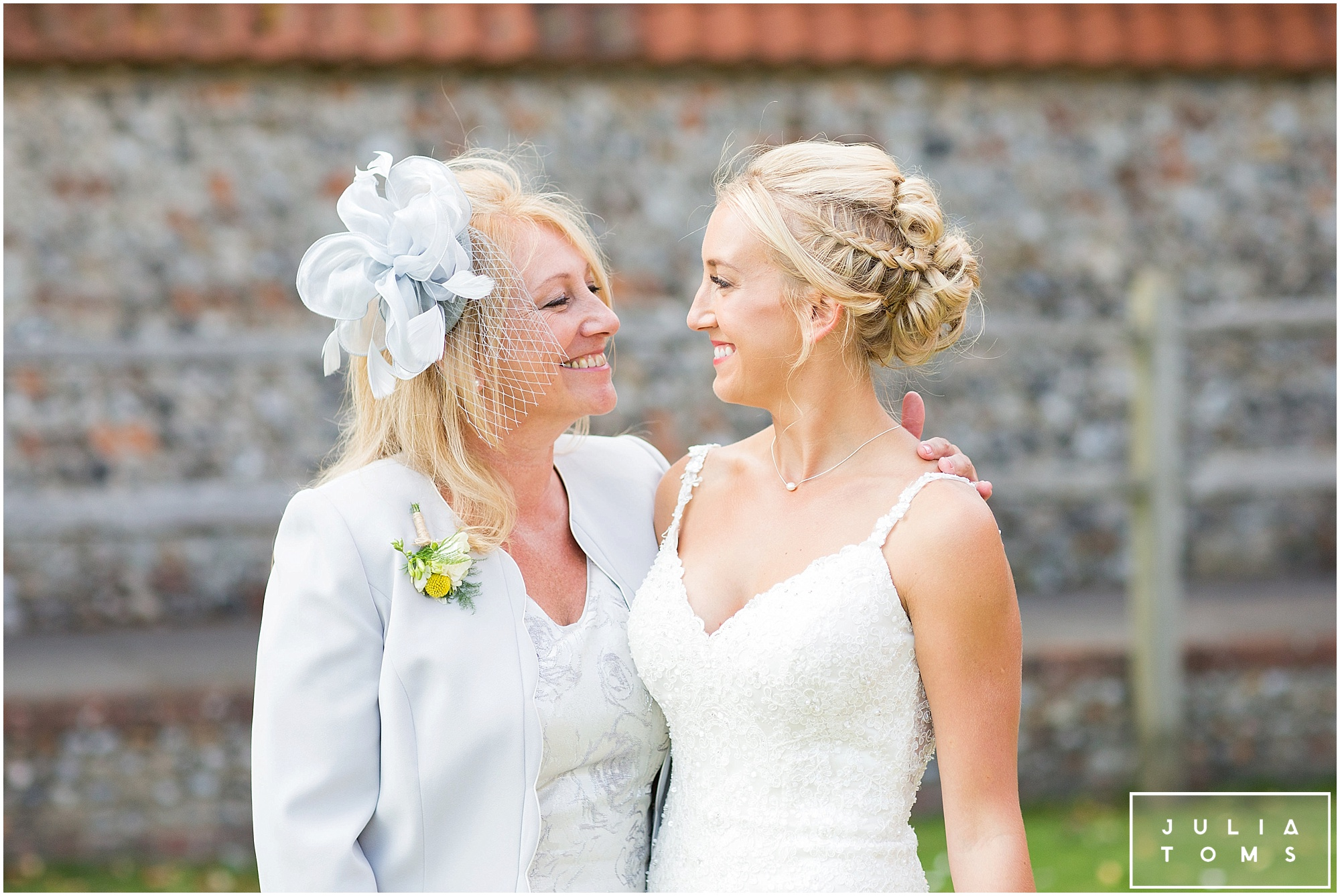 julia_toms_chichester_wedding_photographer_worthing_064.jpg