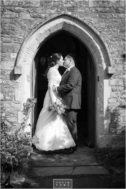 chichester_wedding_photographer_fishbourne_014.jpg