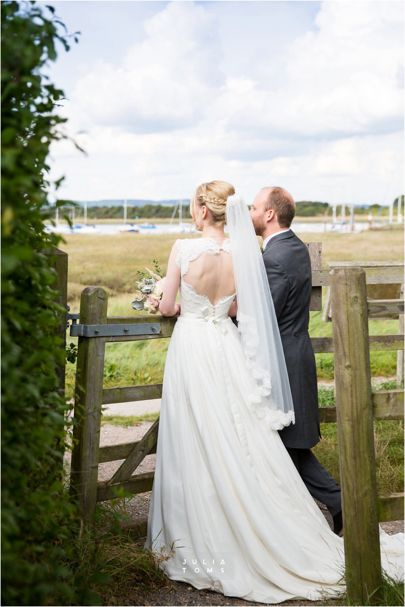 itchenor_wedding_chichester_photographer_043.jpg