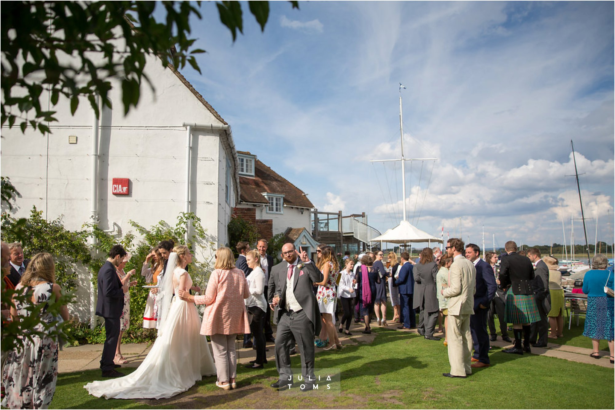 itchenor_wedding_chichester_photographer_052.jpg