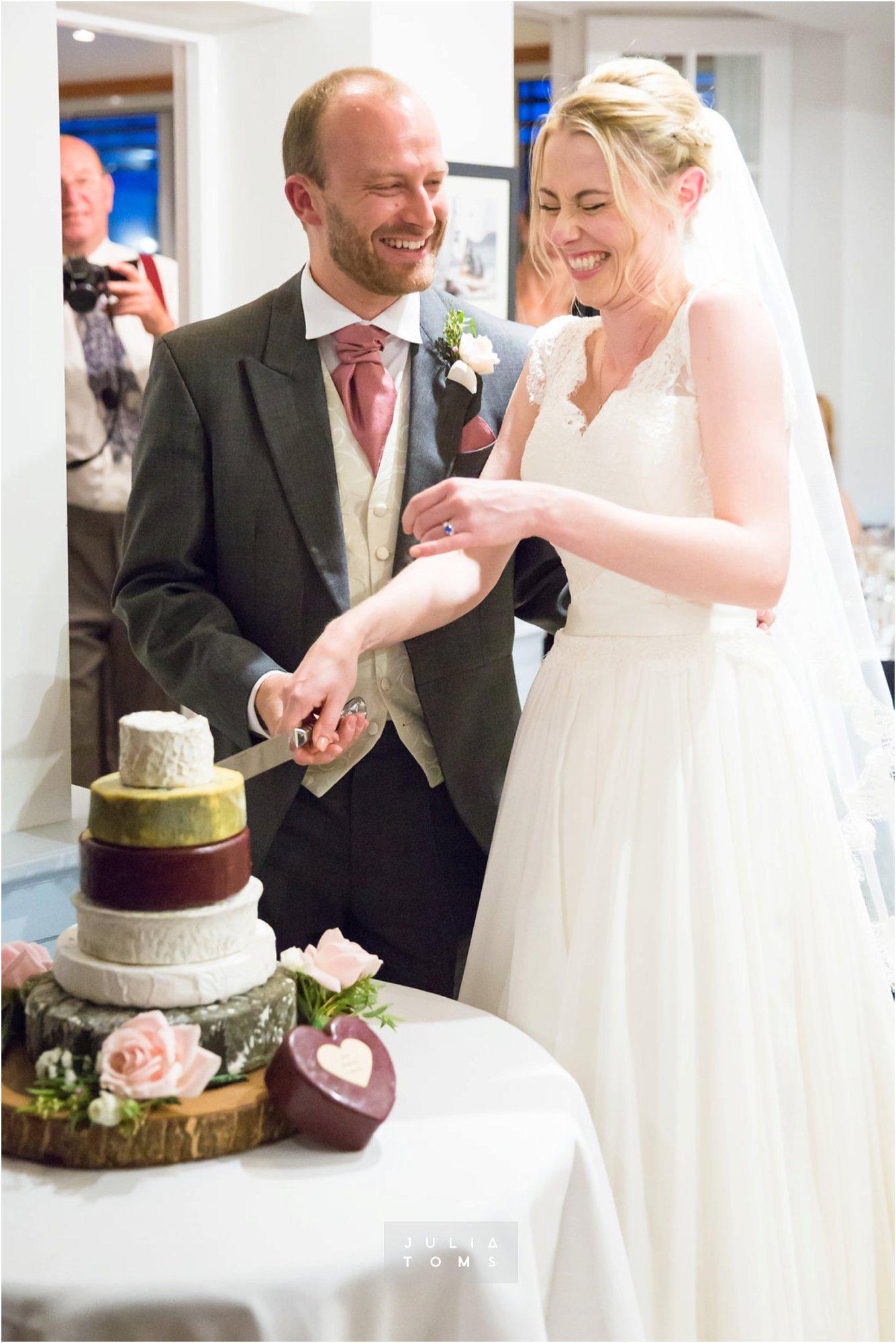 itchenor_wedding_chichester_photographer_088.jpg