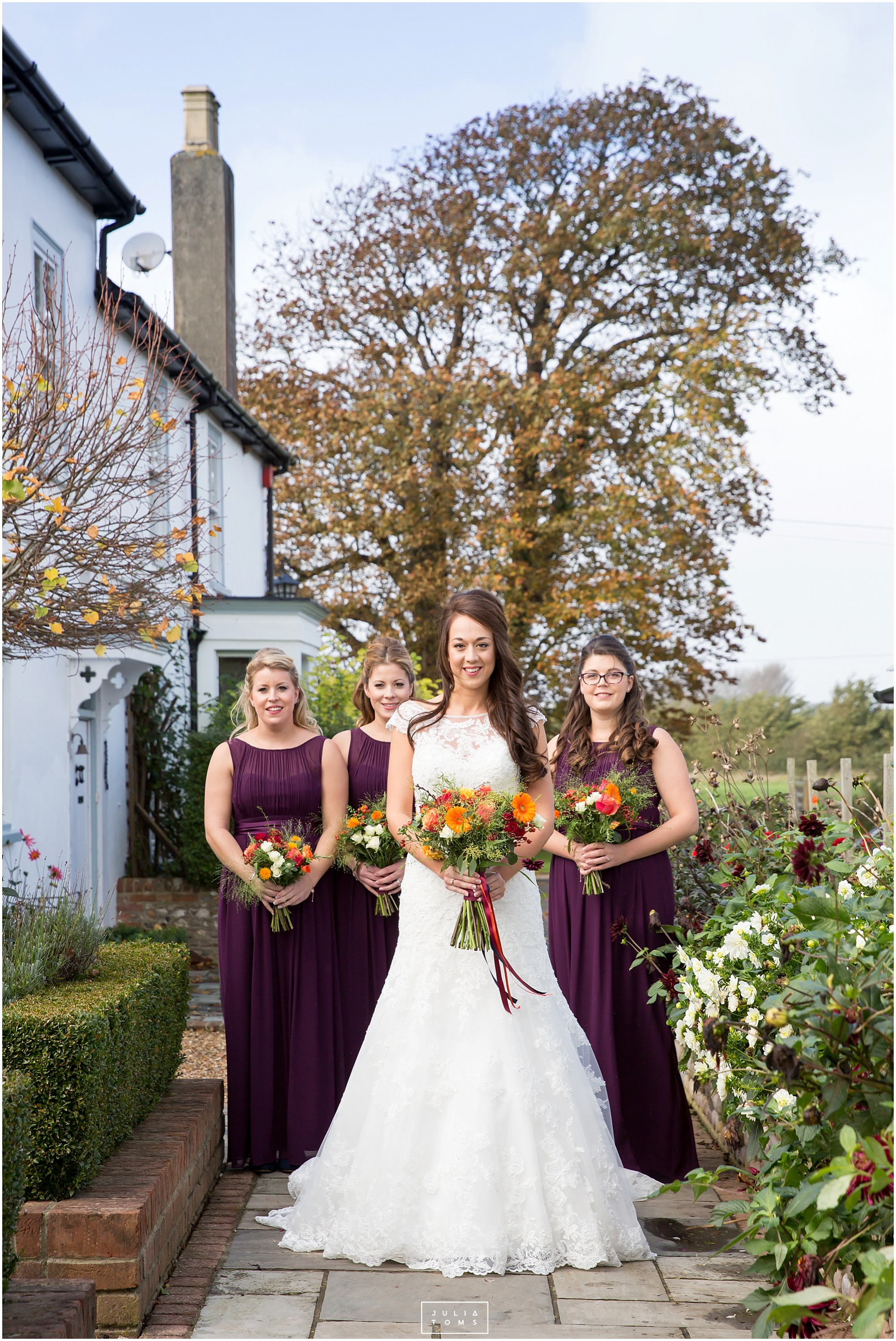 Southend_barn_wedding_photographer_chichester_034.jpg