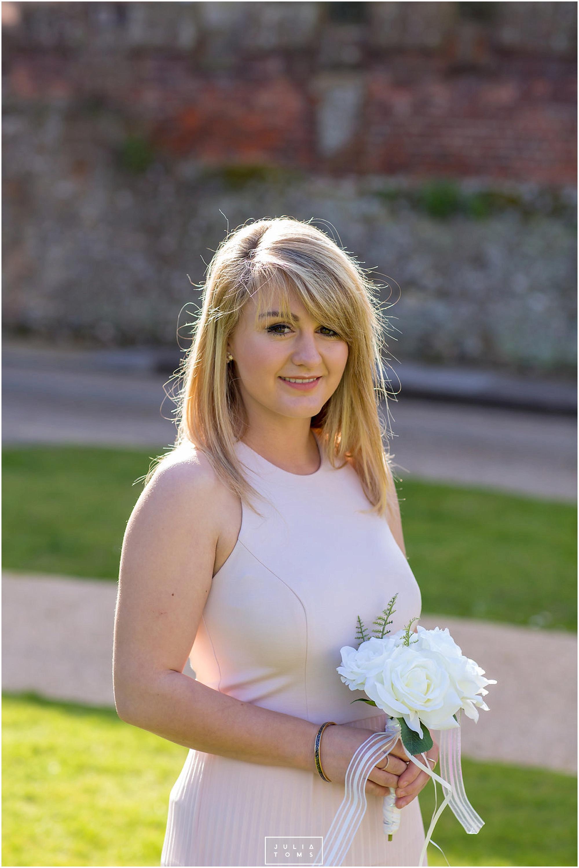 JuliaToms_chichester_wedding_photograher_edes_house_007.jpg