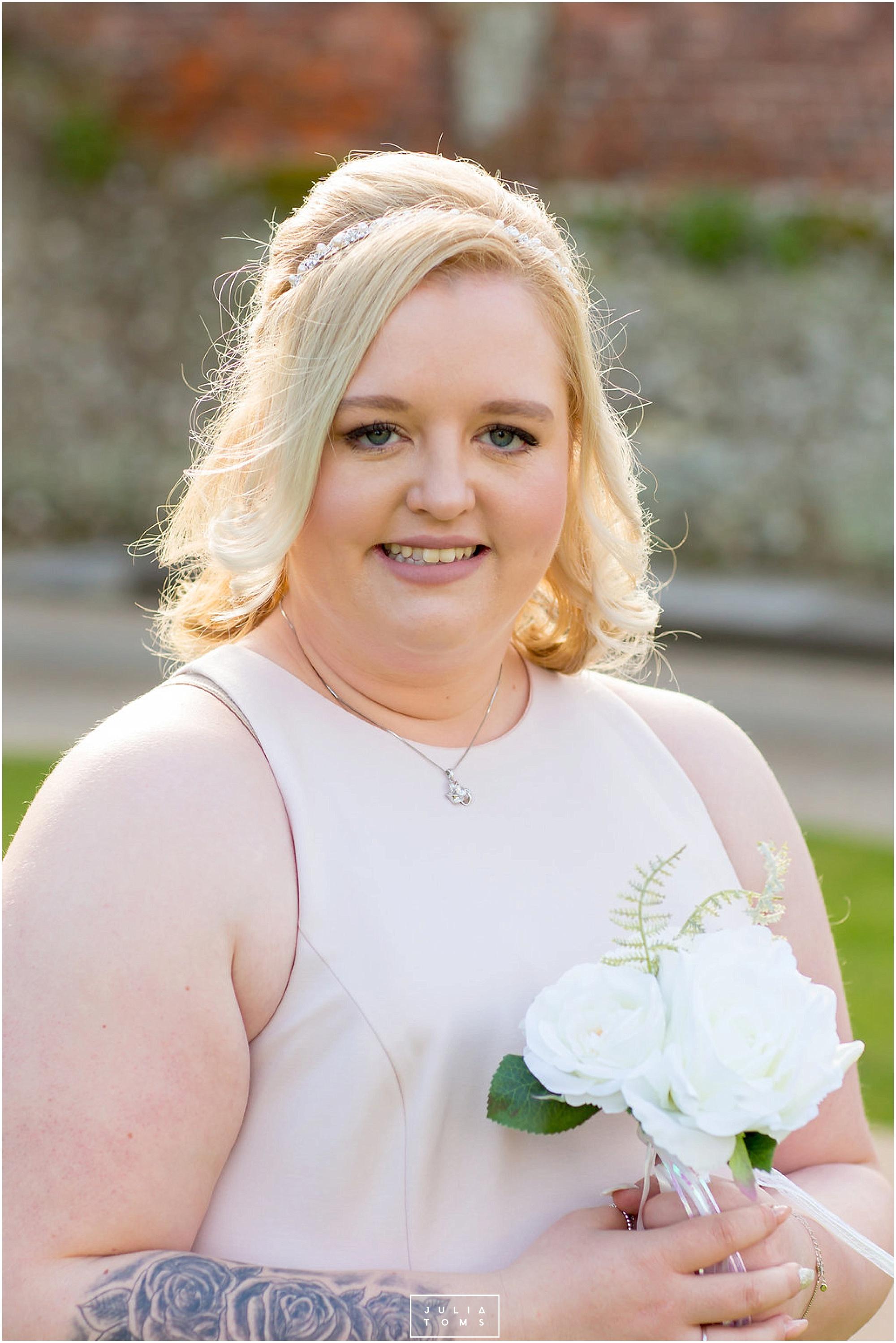 JuliaToms_chichester_wedding_photograher_edes_house_009.jpg