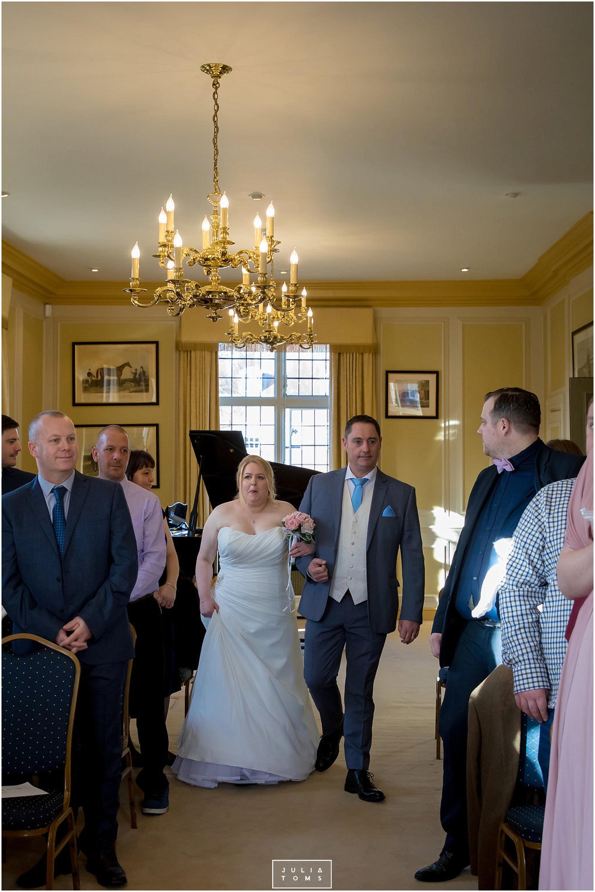 JuliaToms_chichester_wedding_photograher_edes_house_016.jpg