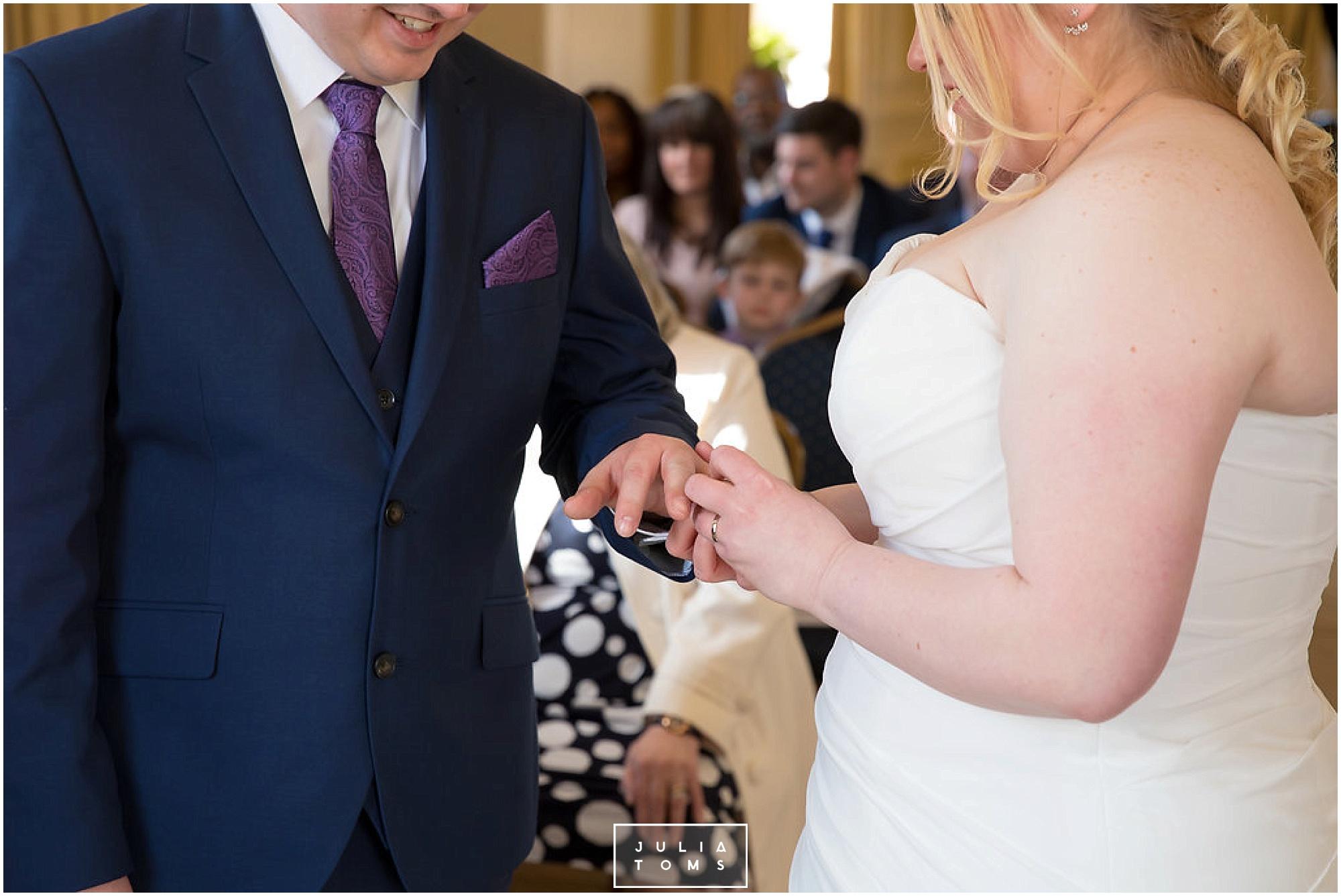 JuliaToms_chichester_wedding_photograher_edes_house_017.jpg
