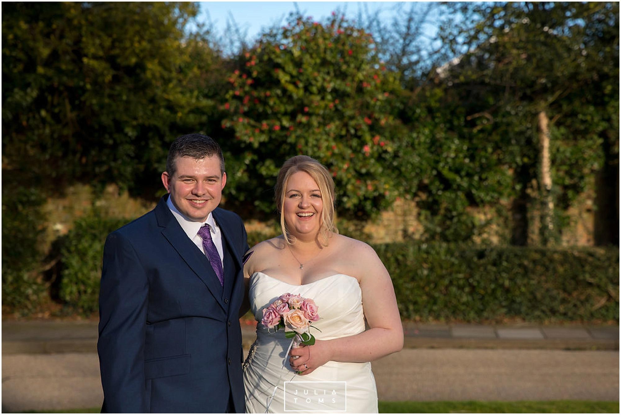 JuliaToms_chichester_wedding_photograher_edes_house_021.jpg