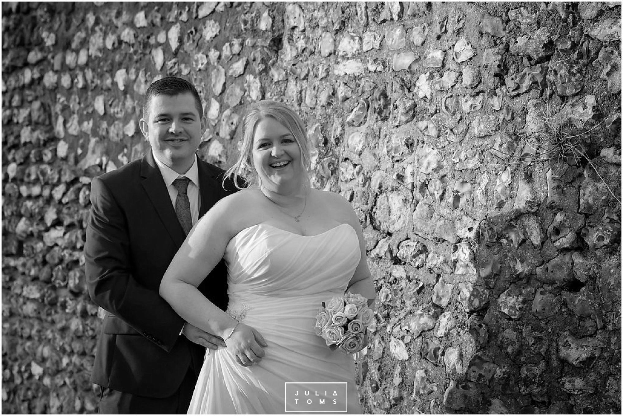 JuliaToms_chichester_wedding_photograher_edes_house_027.jpg