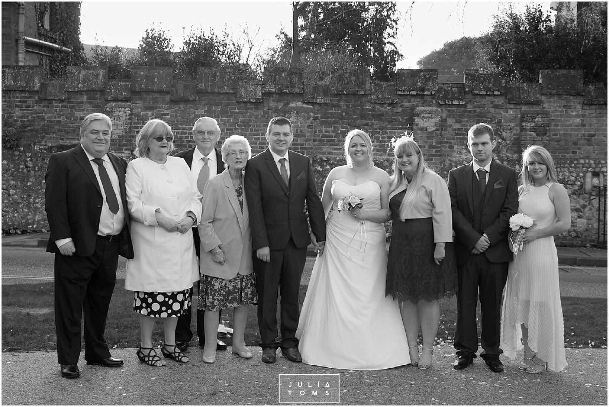 JuliaToms_chichester_wedding_photograher_edes_house_037.jpg