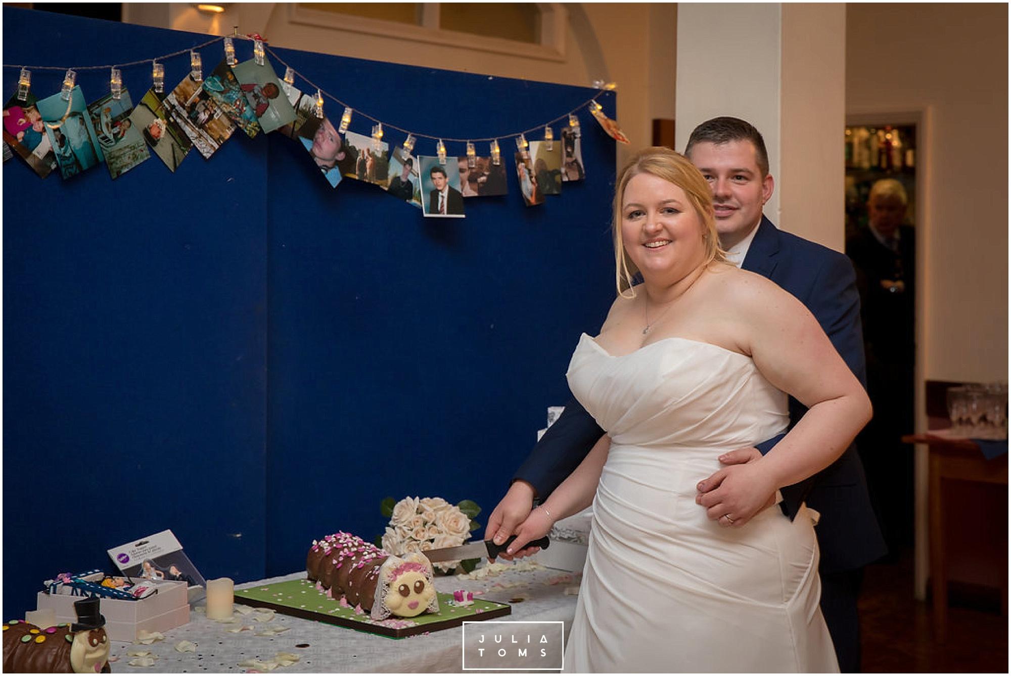 JuliaToms_chichester_wedding_photograher_edes_house_044.jpg