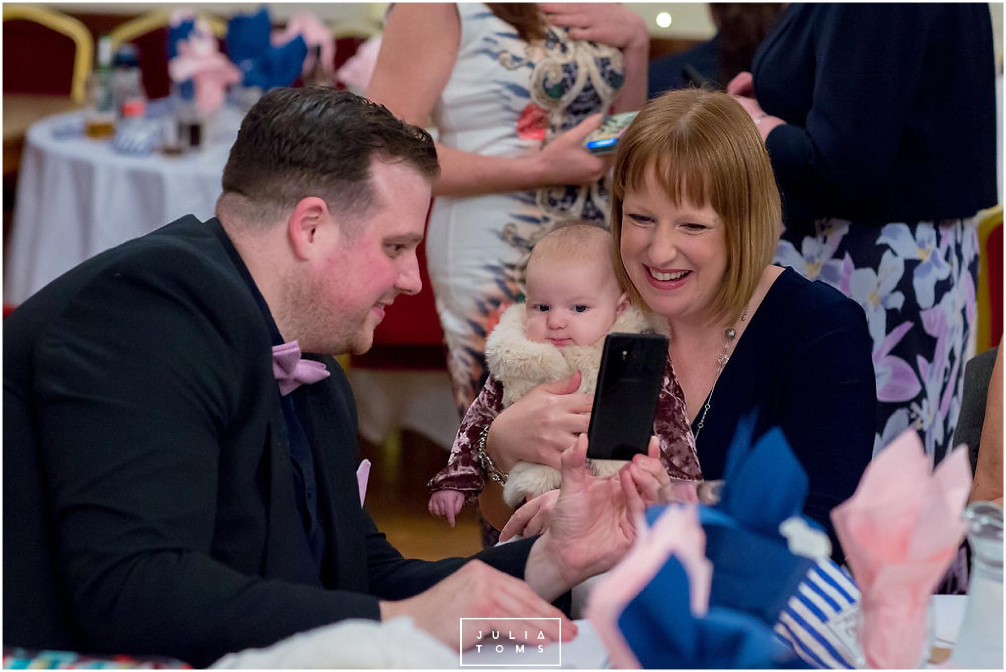 JuliaToms_chichester_wedding_photograher_edes_house_045.jpg
