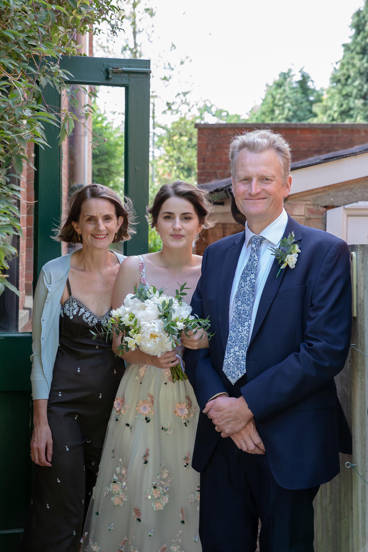 chichester_wedding_photographer_london_juliatoms_013.jpg