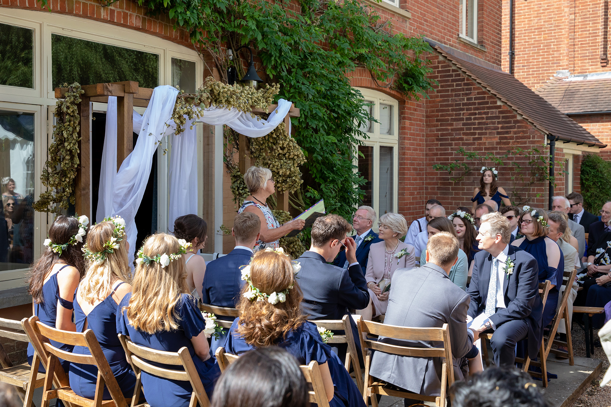 chichester_wedding_photographer_london_juliatoms_019.jpg