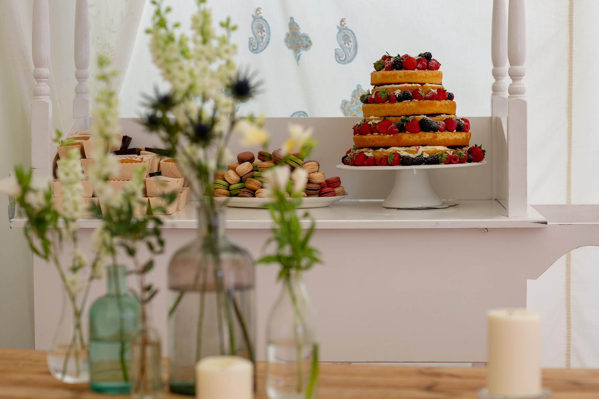 chichester_wedding_photographer_london_juliatoms_053.jpg
