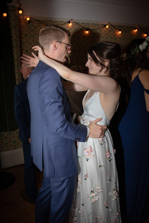 chichester_wedding_photographer_london_juliatoms_056.jpg