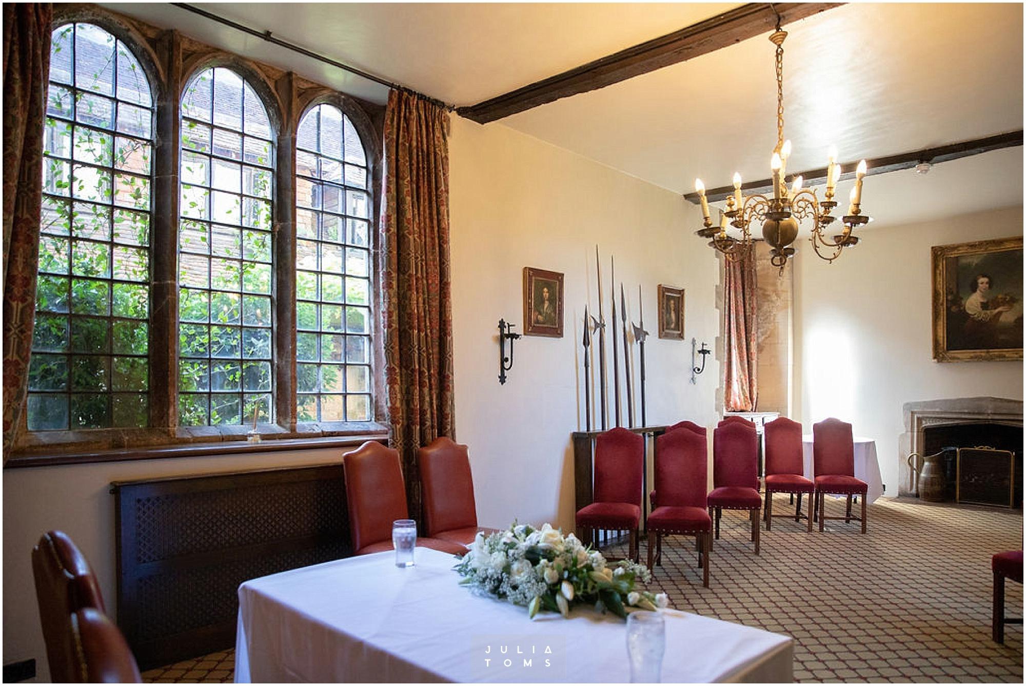 amberley_castle_wedding_photographer_002.jpg